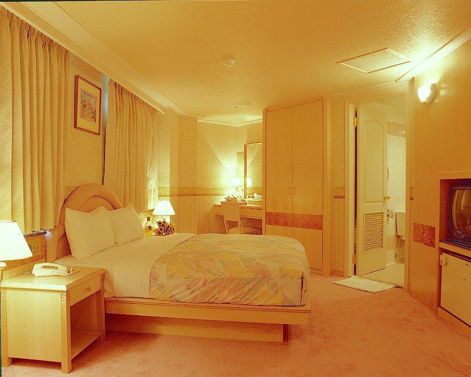 Hara Zuru Hotel