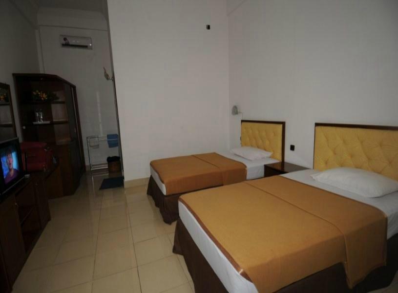 Elvin Hotel