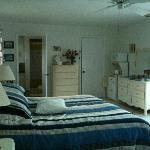 Photo of Auntie Anne's Bed & Breakfast Freeport