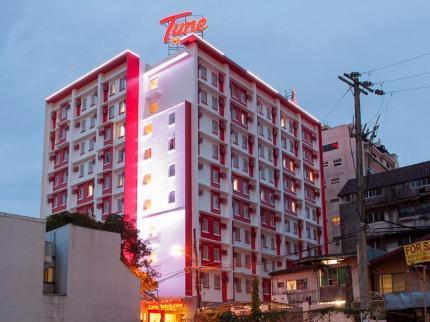 Tune Hotel Ayala