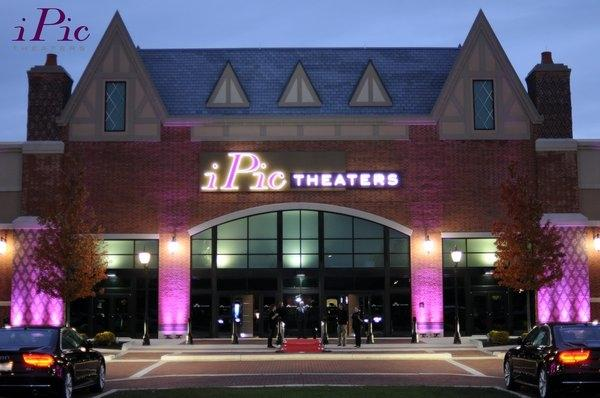 Ipic Theaters 10 Of 17 Restaurants In South Barrington