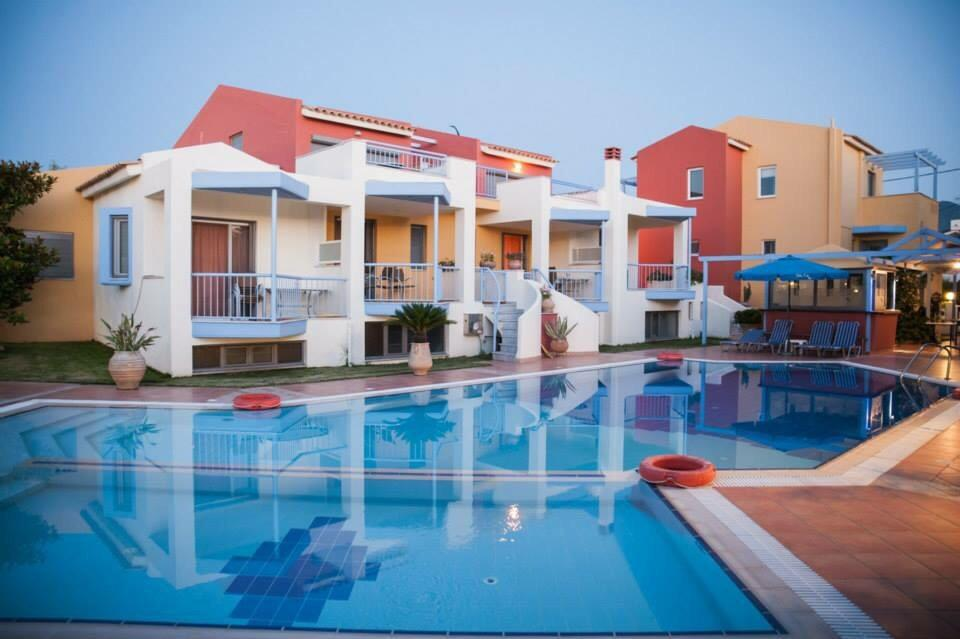 Niriides Hotel Apartments