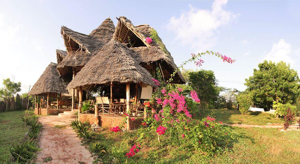 Mabwe Roots Bungalows