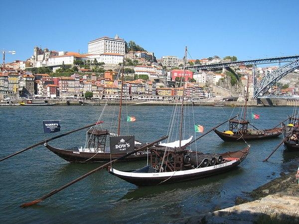Oporto City Center Apartments