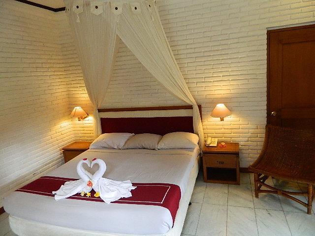 Puri Padi Hotel