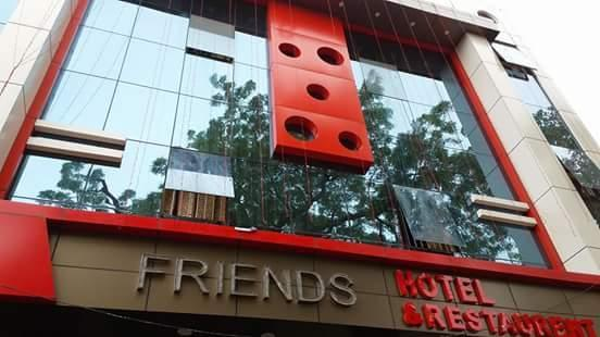Friends Hotel & Restaurant