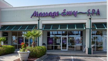 ‪Massage Envy‬