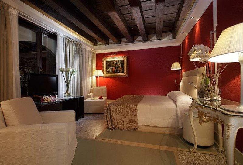 ホテル パラッツオ ジョバネッリ