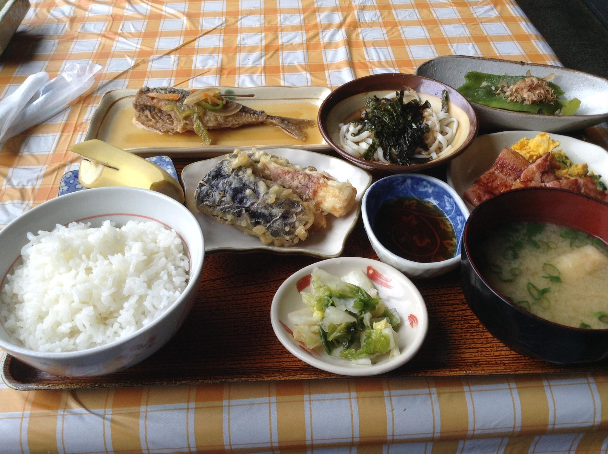 Where to eat International food in Misasa-cho: The Best Restaurants and Bars