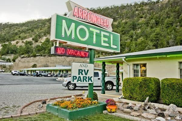 Arrowhead Motel and RV Park