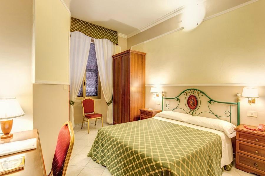 โรงแรมคอนติเนนตัล