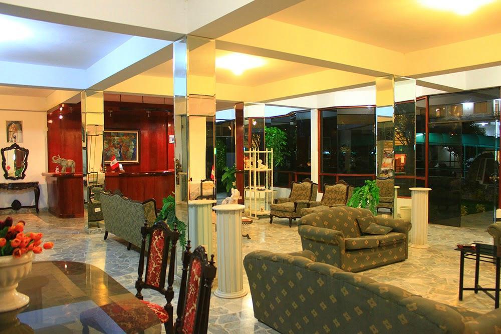 Las Poncianas Club Hotel