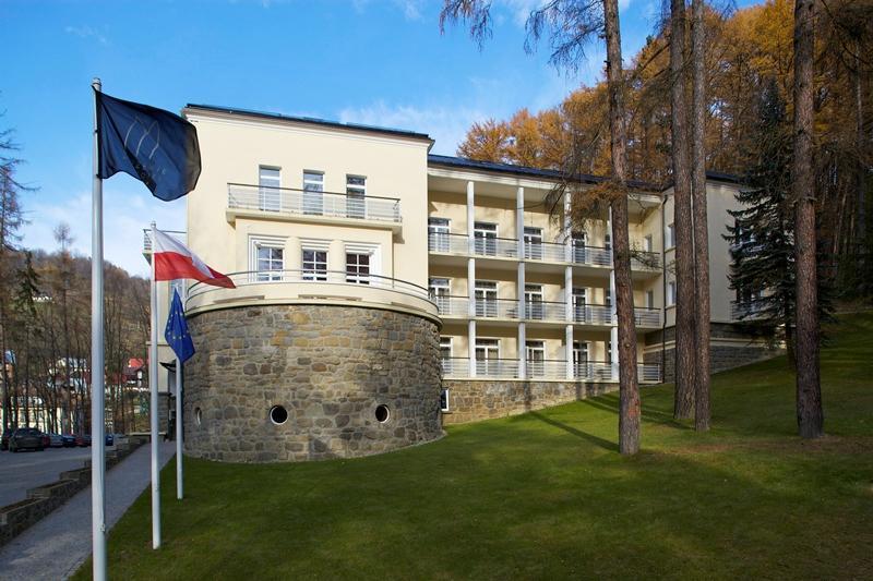 Modrzewie Park Hotel