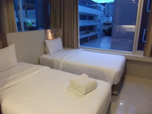 メッツ プラトゥーナム ホテル