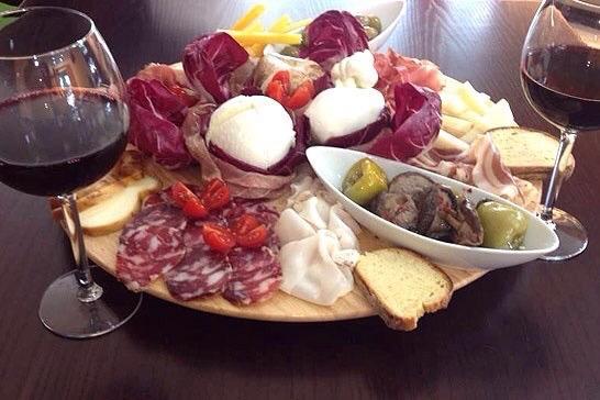 Judeka Wine Bar