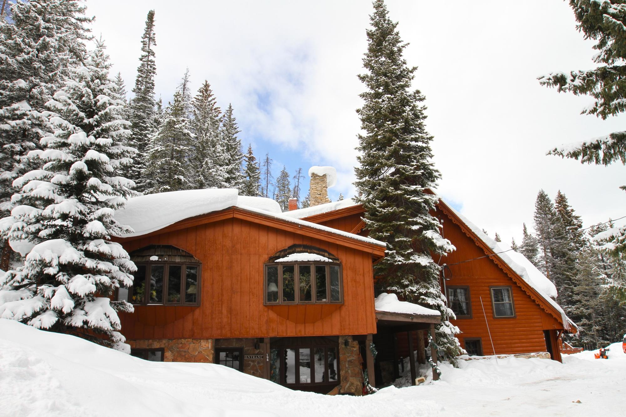 ski lodge in winter -#main