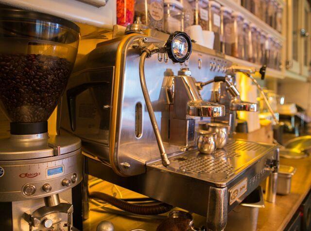 Blue Dog Kitchen Bar New York City Midtown Restaurant Reviews