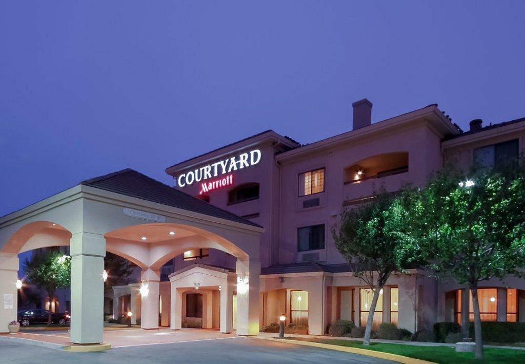 Courtyard by Marriott Salinas Monterey