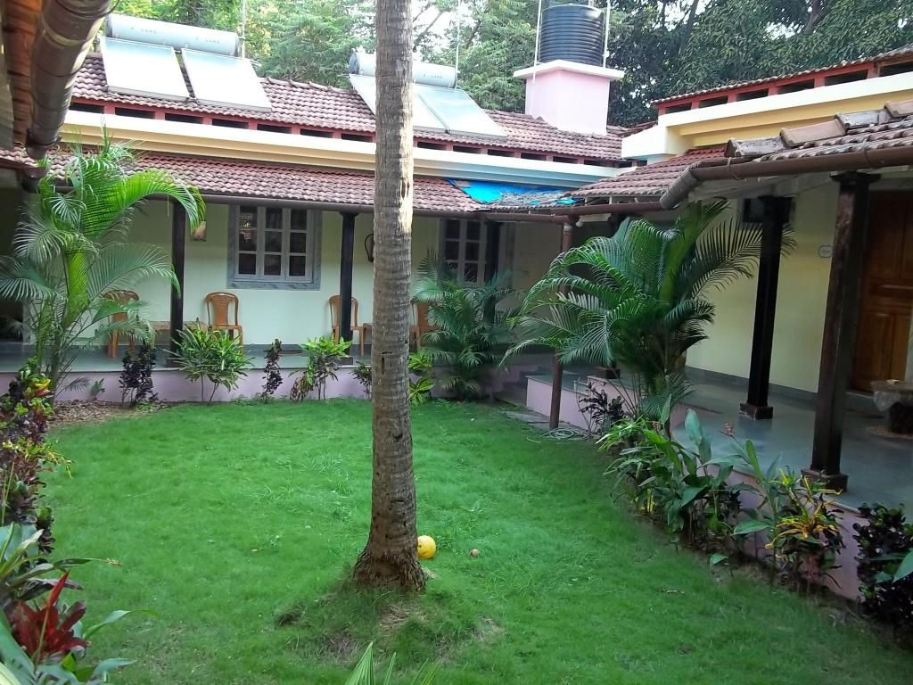 ally pally guest house updated 2017 reviews goa vagator
