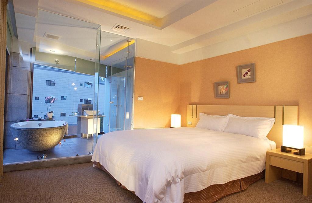 Hefong Hot Spring Resort Jiaoxi