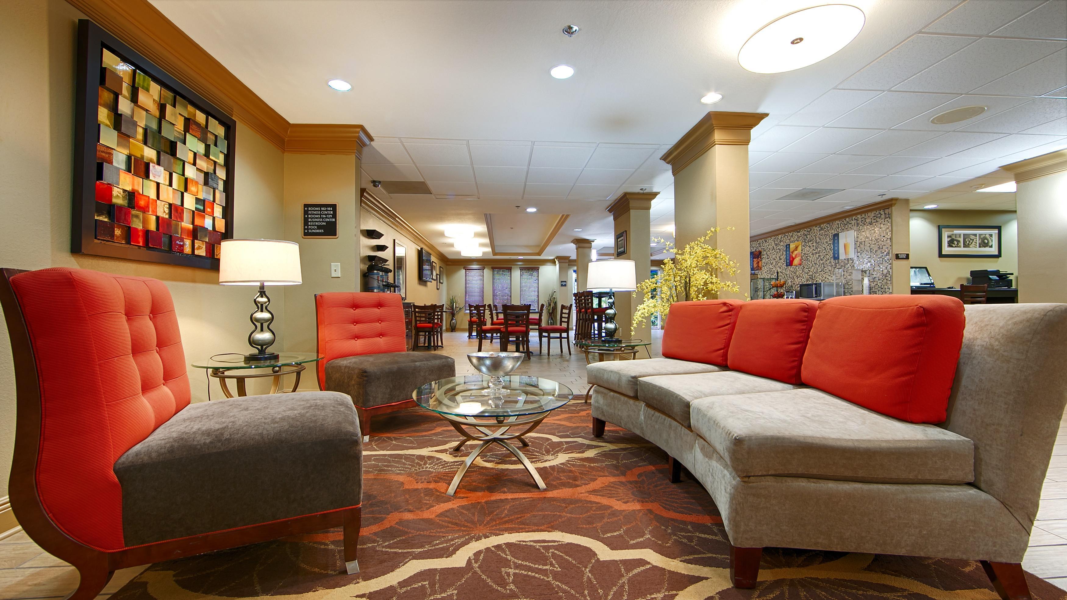 BEST WESTERN PLUS Bradenton Hotel u0026 Suites