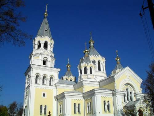 ‪Saviour-Transfiguration Cathedral‬