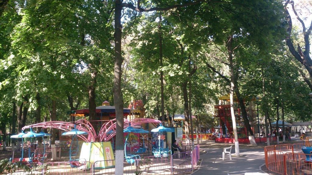 Afbeeldingsresultaat voor ostrovsky park rostov