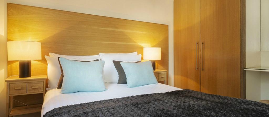 โรงแรมฟาวเทน คอร์ท อพาร์ตเมนต์ - แฮร์ริส