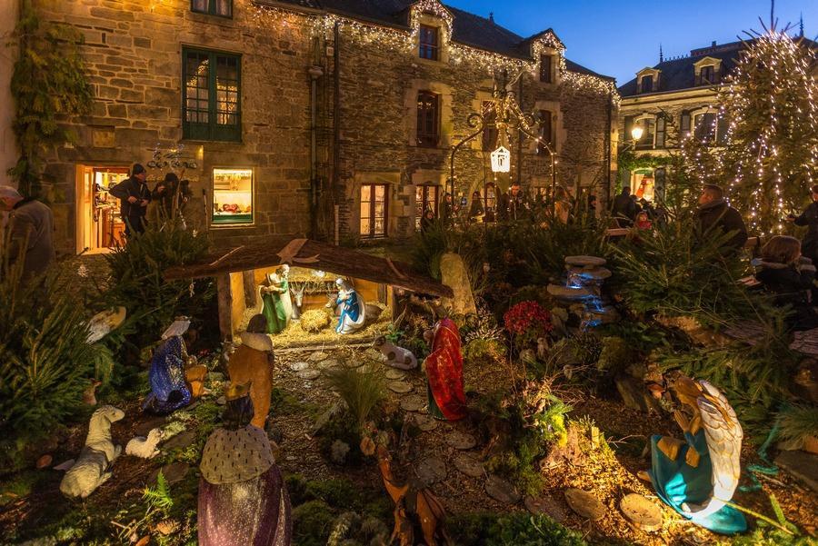Santons et crèches de Noël  Rochefort-en-terre
