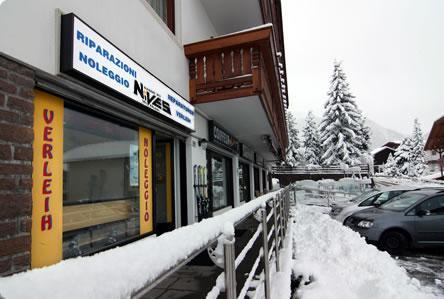 Ski Nives
