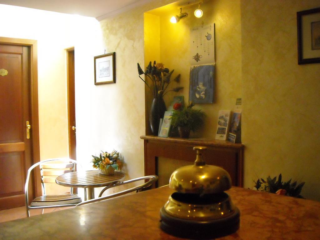 ナイツ イン ローマ ホテル