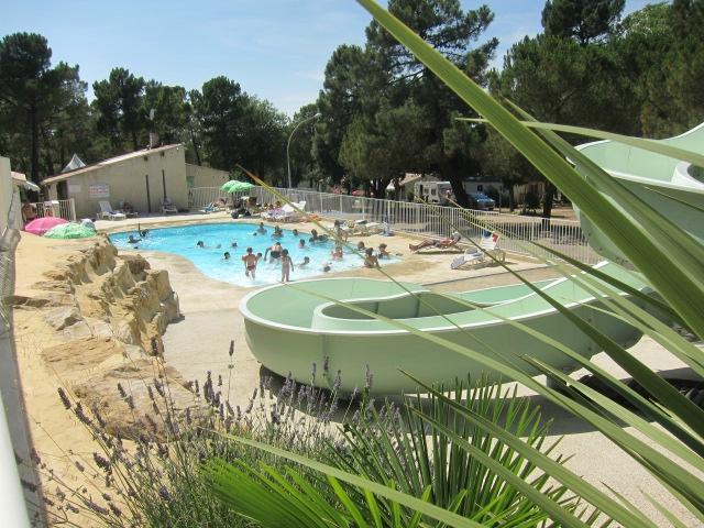 Camping La Pinede en Provence