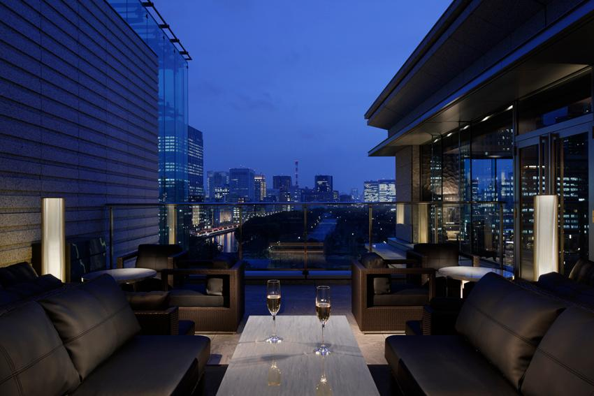 Lounge bar prive chiyoda ginza tokyo nihonbashi for Terrace hotel contact number