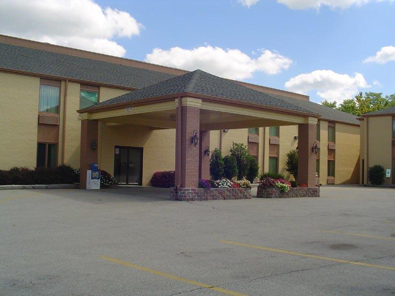 Days Inn Bloomington Normal