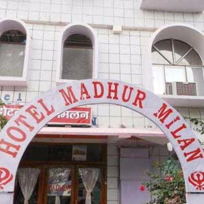 Hotel Madhur Milan