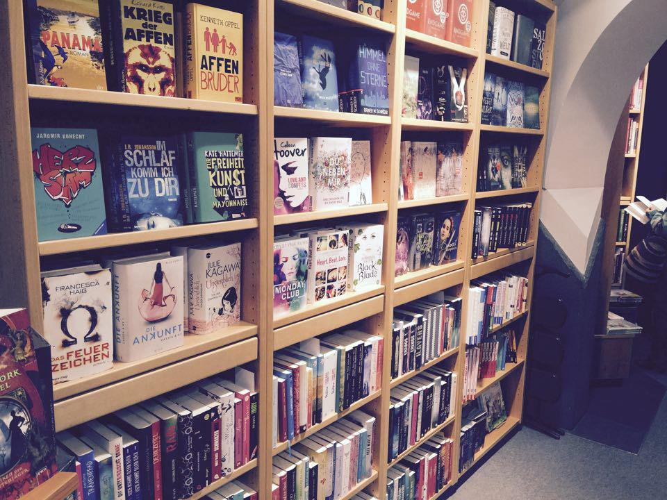 Erwachsenen Buchhandlung im Rest des Reisenden