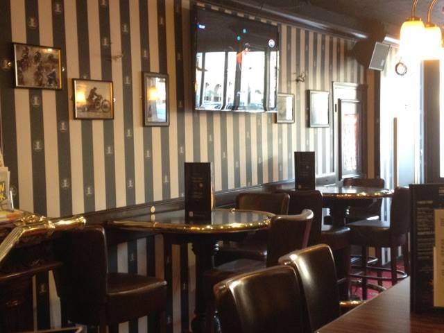 Au bureau arras 36 place des heros restaurant reviews for O bureau restaurant