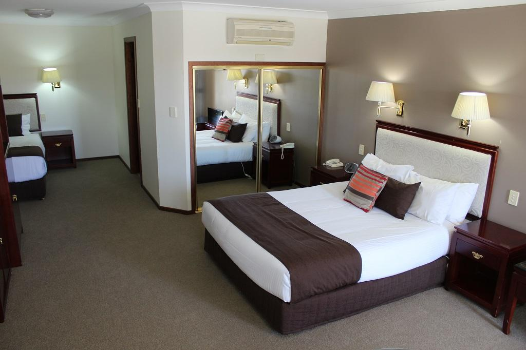 Quality Inn Ambassador Orange