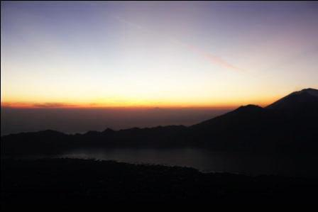 Wayan Darta Mount Agung Trekking