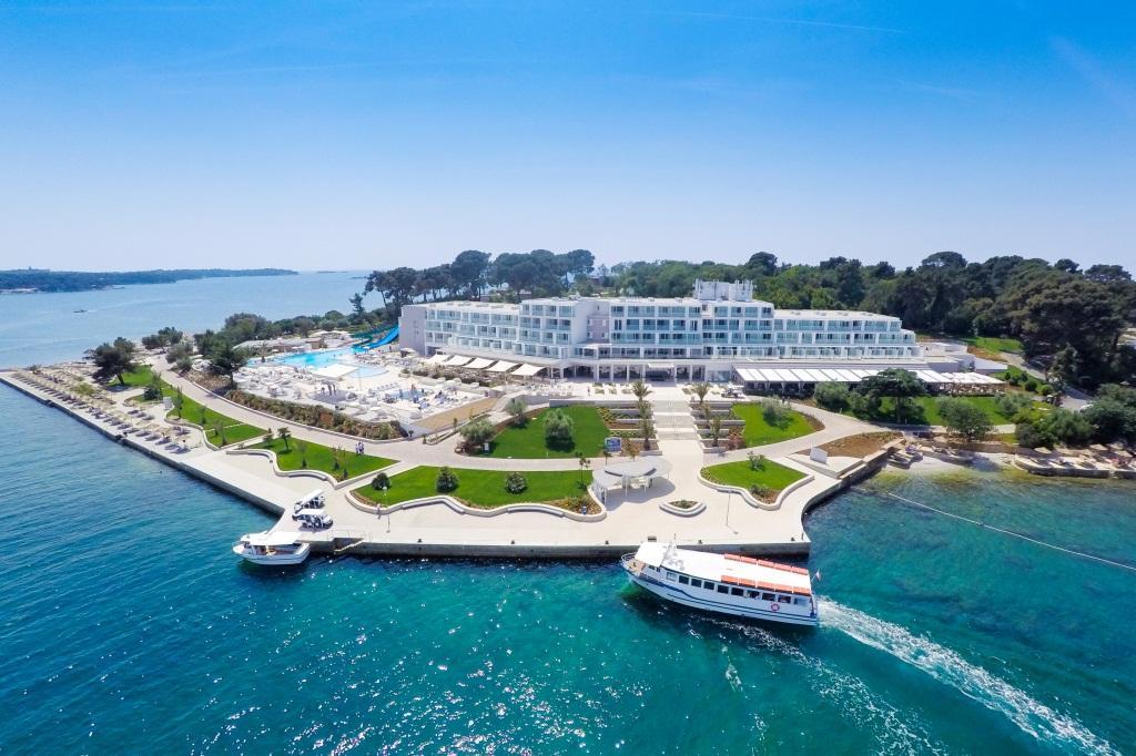 弗圖納島嶼酒店