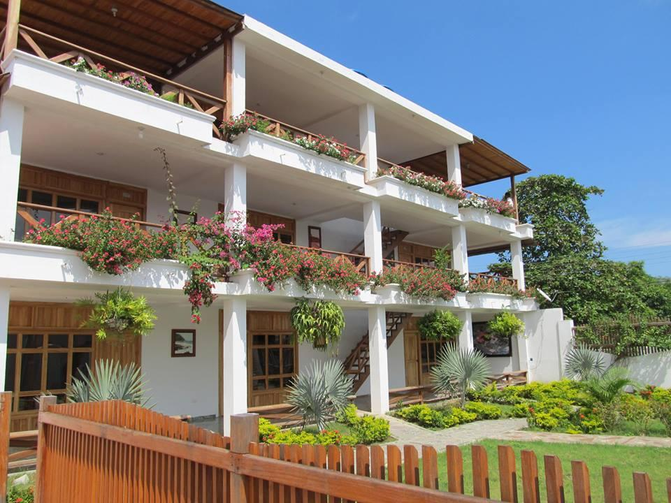 Bahia Pinorroa Lodge