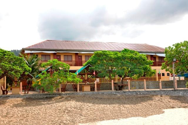 La Thalia Beach Resort