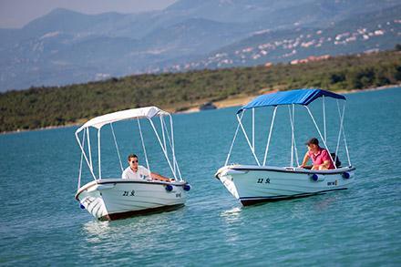 Rent-a-boat Klimno