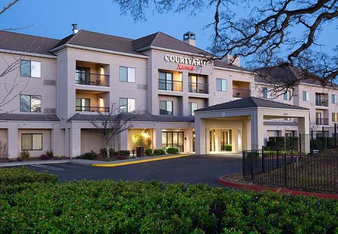 Courtyard by Marriott Roseville