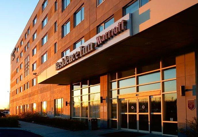 Marriott Residence Inn Montreal Airport