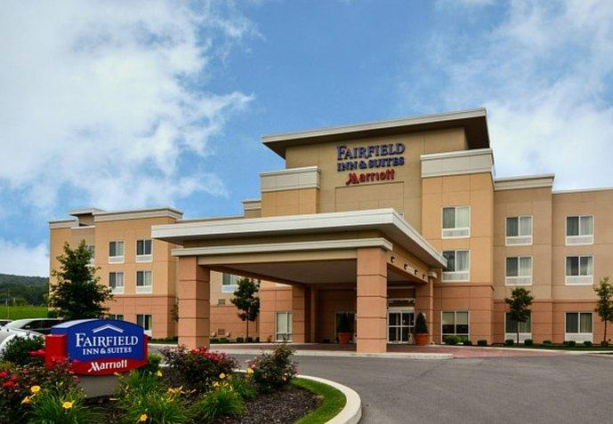 ‪Fairfield Inn & Suites Huntingdon Raystown Lake‬