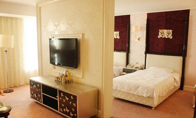 瀋陽ジンビ オーシャン スター ホリデー ホテル (瀋陽金碧 海洋之星度假酒店)