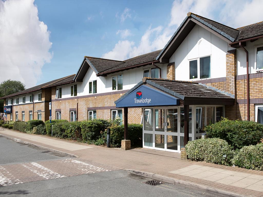 ‪Travelodge Bicester Cherwell Valley M40‬