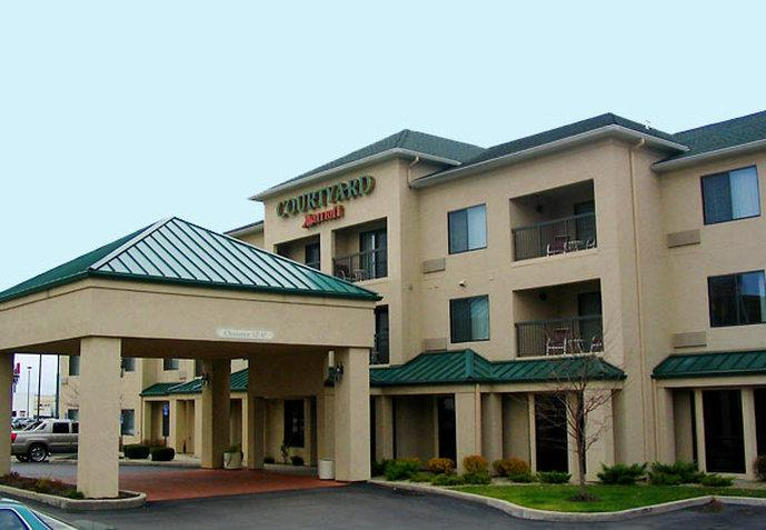 ‪Courtyard by Marriott Dayton North‬