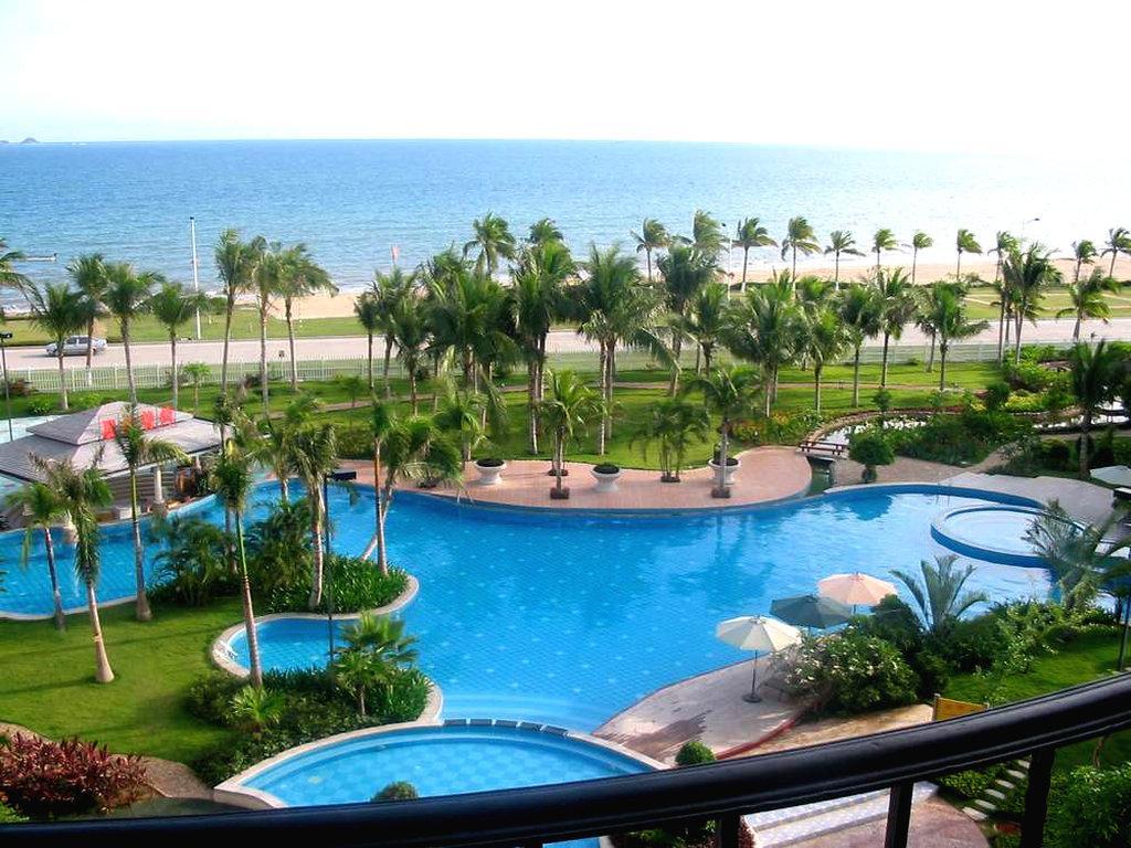Huayuan Hot Spring Seaview Resort